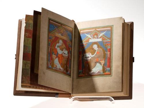 Bibliophobie-Religion und Mythen