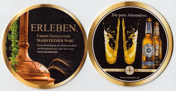 Zwei Bierdeckel einer Serie von Warsteiner
