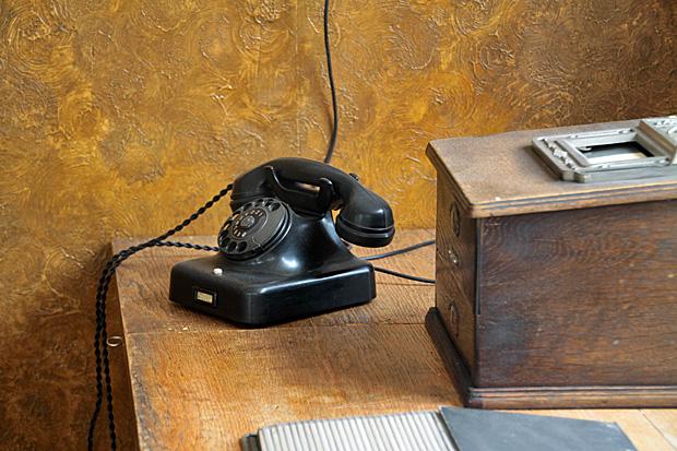 Antiquarisches Büro - aber nicht meins! - Foto: © Martina Berg