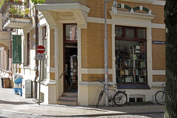 Antiquariat Loest in Schwerin - Foto: © Martina Berg